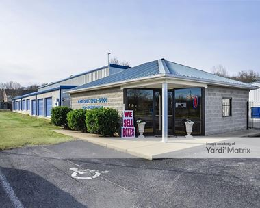Storage Units for Rent available at 10620 TN-109, Lebanon, TN 37087