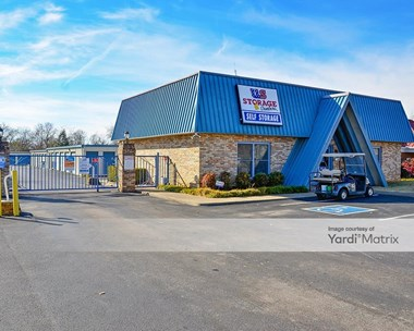 Storage Units for Rent available at 1323 NW Broad Street, Murfreesboro, TN 37129 Photo Gallery 1