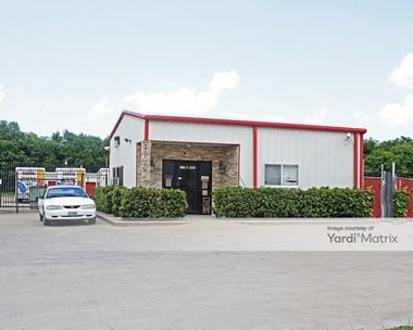 Storage Units for Rent available at 1119 East Moore Avenue, Terrell, TX 75160