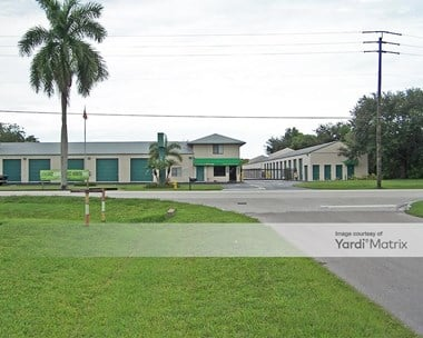 Storage Units for Rent available at 16590 San Carlos Blvd, Fort Myers, FL 33908 Photo Gallery 1