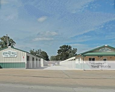 Storage Units for Rent available at 422 West Main Street, Richmond, MO 64085