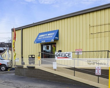 Storage Units for Rent available at 3020 Charlotte Avenue, Nashville, TN 37209 Photo Gallery 1
