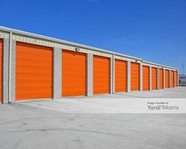 Storage Units for Rent available at 1060 SE Tater Peeler Road, Lebanon, TN 37090