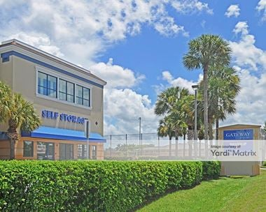 Storage Units for Rent available at 995 Golden Gate Pkwy, Naples, FL 34102
