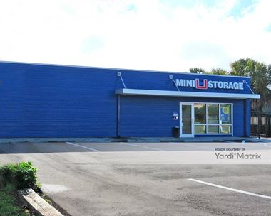 Storage Units for Rent available at 5717 14th Street West, Bradenton, FL 34207