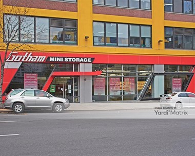 Storage Units for Rent available at 501 10th Avenue, New York, NY 10018 Photo Gallery 1