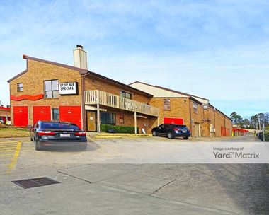 Storage Units for Rent available at 6300 Colonel Glenn, Little Rock, AR 72205 Photo Gallery 1