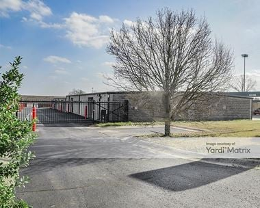 Storage Units for Rent available at 5210 AR-5 North, Bryant, AR 72022
