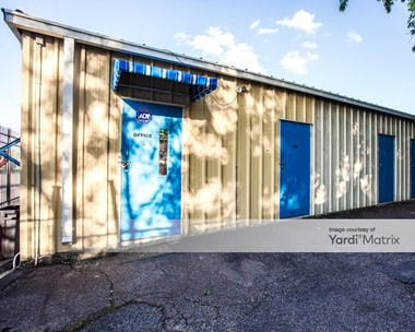 Storage Units for Rent available at 313 Post Oak Drive, Conroe, TX 77301 Photo Gallery 1