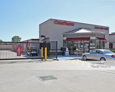 Storage Units for Rent available at 8206 West Broadway Street, Pearland, TX 77581 Photo Gallery 1