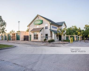 Storage Units for Rent available at 4013 Sprayberry Lane, Conroe, TX 77303