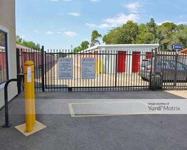 Storage Units for Rent available at 2300 West Bay Area Blvd, Friendswood, TX 77546