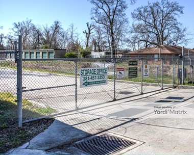 Storage Units for Rent available at 16430 Avenue C, Channelview, TX 77530 Photo Gallery 1