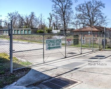 Storage Units for Rent available at 16430 Avenue C, Channelview, TX 77530