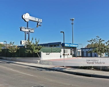 Storage Units for Rent available at 11820 Airline Drive, Houston, TX 77037 Photo Gallery 1