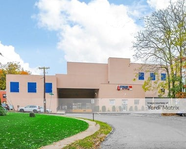 Storage Units for Rent available at 1 Holland Avenue, White Plains, NY 10603 Photo Gallery 1