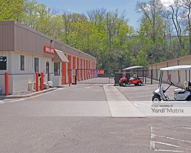 Storage Units for Rent available at 3200 France Avenue South, St Louis Park, MN 55416