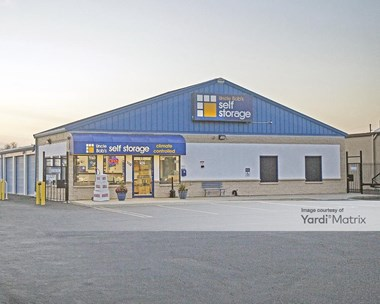 Storage Units for Rent available at 110 Saxon Avenue, Bay Shore, NY 11706 Photo Gallery 1