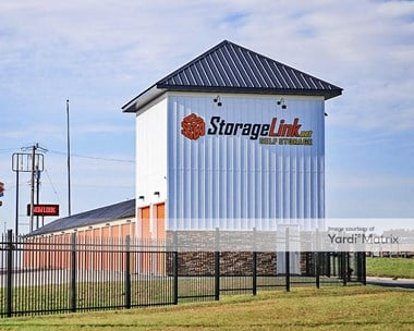 Storage Units for Rent available at 635 Highway 10 South, St. Cloud, MN 56304 Photo Gallery 1