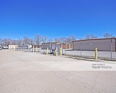 Storage Units for Rent available at 4310 Horseshoe Lake Road, Granite City, IL 62040 Photo Gallery 1