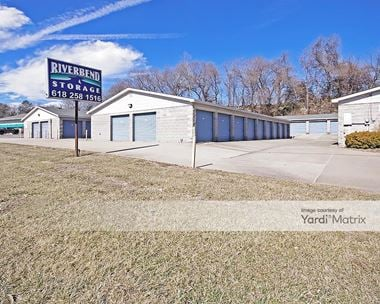 Storage Units for Rent available at 3216 East Broadway, Alton, IL 62002