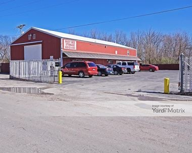 Storage Units for Rent available at 3804 State Route 111, Granite City, IL 62040