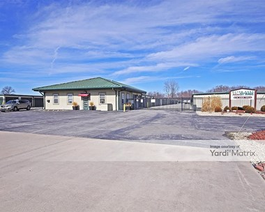Storage Units for Rent available at 5141 Chain of Rocks Road, Edwardsville, IL 62025 Photo Gallery 1
