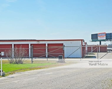Image for Straatmann Carpet & Storage - 552 Villa West Drive, MO