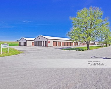 Storage Units for Rent available at 1036 South Green Mount Road, Belleville, IL 62220 Photo Gallery 1