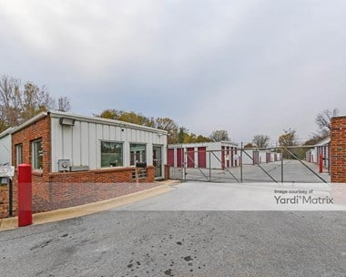 Storage Units for Rent available at 6100 South 72nd Street, Ralston, NE 68127 Photo Gallery 1