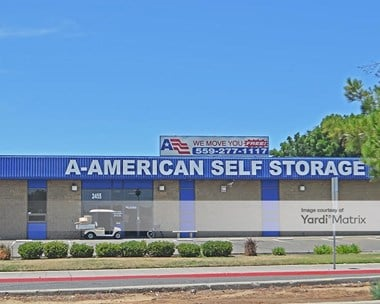 Storage Units for Rent available at 2455 North Marks Avenue, Fresno, CA 93722 Photo Gallery 1