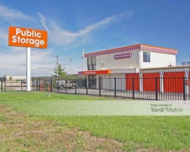 Storage Units for Rent available at 6030 North Lindbergh Blvd, Hazelwood, MO 63042