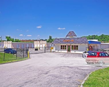 Storage Units for Rent available at 14086 Manchester Road, Ballwin, MO 63011