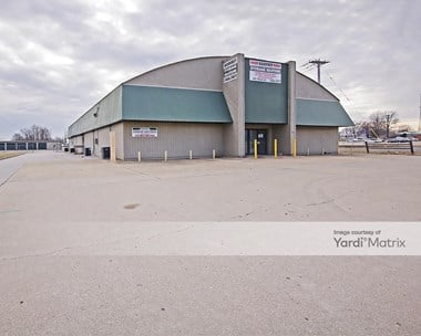 Storage Units for Rent available at 401 Tolle Lane, Godfrey, IL 62035 Photo Gallery 1