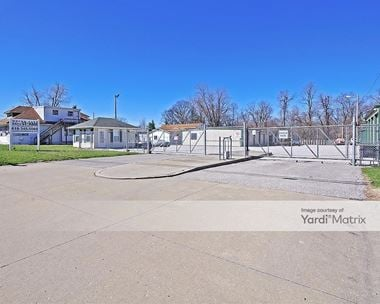 Storage Units for Rent available at 2215 Vandalia Street, Collinsville, IL 62234