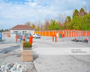 Storage Units for Rent available at 4032 Mississippi Avenue, Cahokia, IL 62206