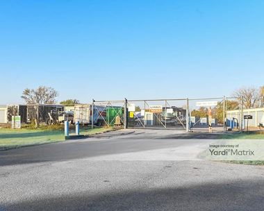 Storage Units for Rent available at 2700 Twin City Drive, Council Bluffs, IA 51501