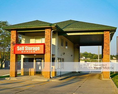 Storage Units for Rent available at 3105 North 90th Street, Omaha, NE 68134 Photo Gallery 1