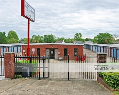 Storage Units for Rent available at 5880 Tulane Road, Horn Lake, MS 38637 Photo Gallery 1
