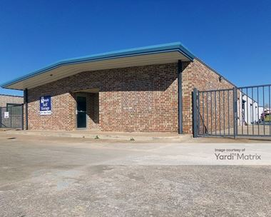 Storage Units for Rent available at 420 West Country Club Road, Chickasha, OK 73018