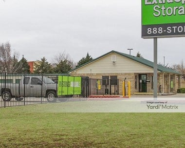 Storage Units for Rent available at 11444 SW 15th Street, Yukon, OK 73099 Photo Gallery 1