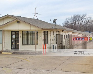 Storage Units for Rent available at 4105 South May Avenue, Oklahoma City, OK 73119 Photo Gallery 1