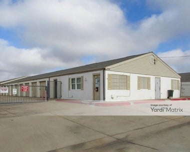 Storage Units for Rent available at 2111 East Alameda, Norman, OK 73071 Photo Gallery 1