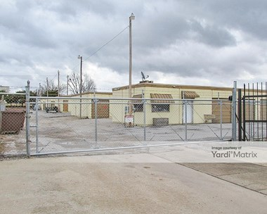 Storage Units for Rent available at 500 East Maxi Drive, Yukon, OK 73099 Photo Gallery 1