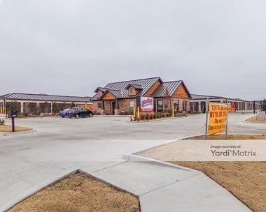 Storage Units for Rent available at 18200 North May Avenue, Oklahoma City, OK 73012 Photo Gallery 1