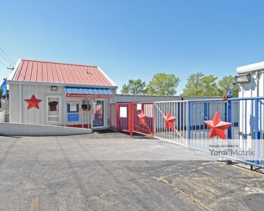 Storage Units for Rent available at 12120 Grandview Road, Grandview, MO 64030 Photo Gallery 1