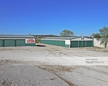 Storage Units for Rent available at 300 Shoemaker Way, Tonganoxie, KS 66086 Photo Gallery 1