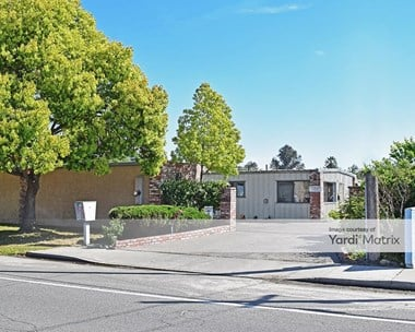 Storage Units for Rent available at 20041 Geer Avenue, Hilmar, CA 95324 Photo Gallery 1