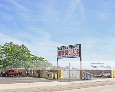 Storage Units for Rent available at 5970 South Union Avenue, Bakersfield, CA 93307 Photo Gallery 1