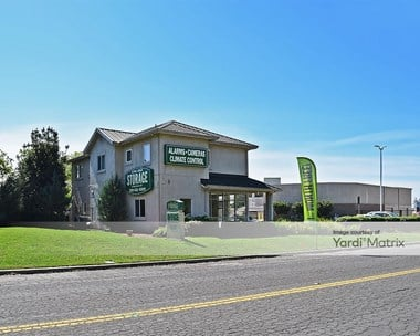 Storage Units for Rent available at 1533 Cummins Drive, Modesto, CA 95358 Photo Gallery 1